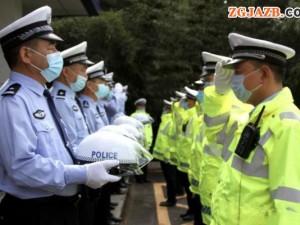 河南义马交警大队成立执勤小分队,全天候管控巡逻