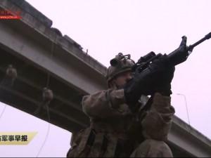 新型头盔、先进瞄准镜:特战旅考核单兵装备抢眼